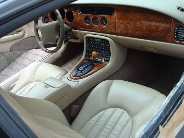 Tapicerka Jaguara po renowacji
