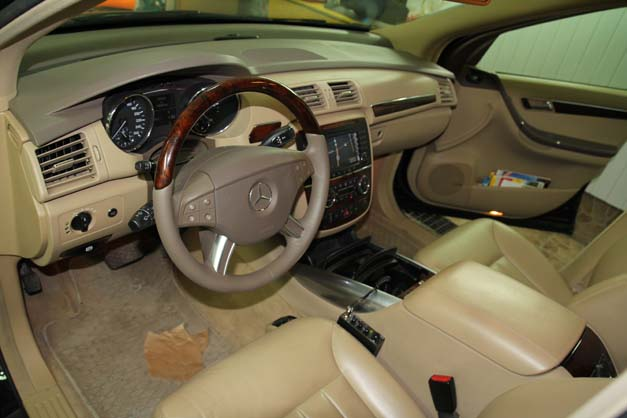 Typowa kierownica w Mercedesach