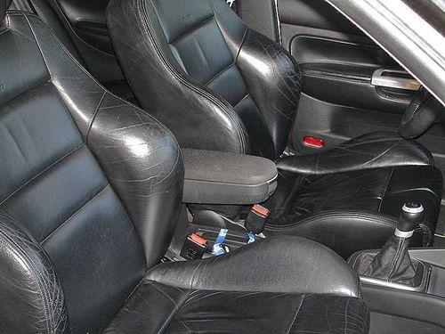 Czyszczenie tapicerki skórzanej - VW Golf Recaro